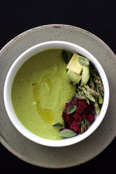 pea-asparagus-soup